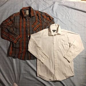 🌻3/$20 Two large long sleeve button down shirts